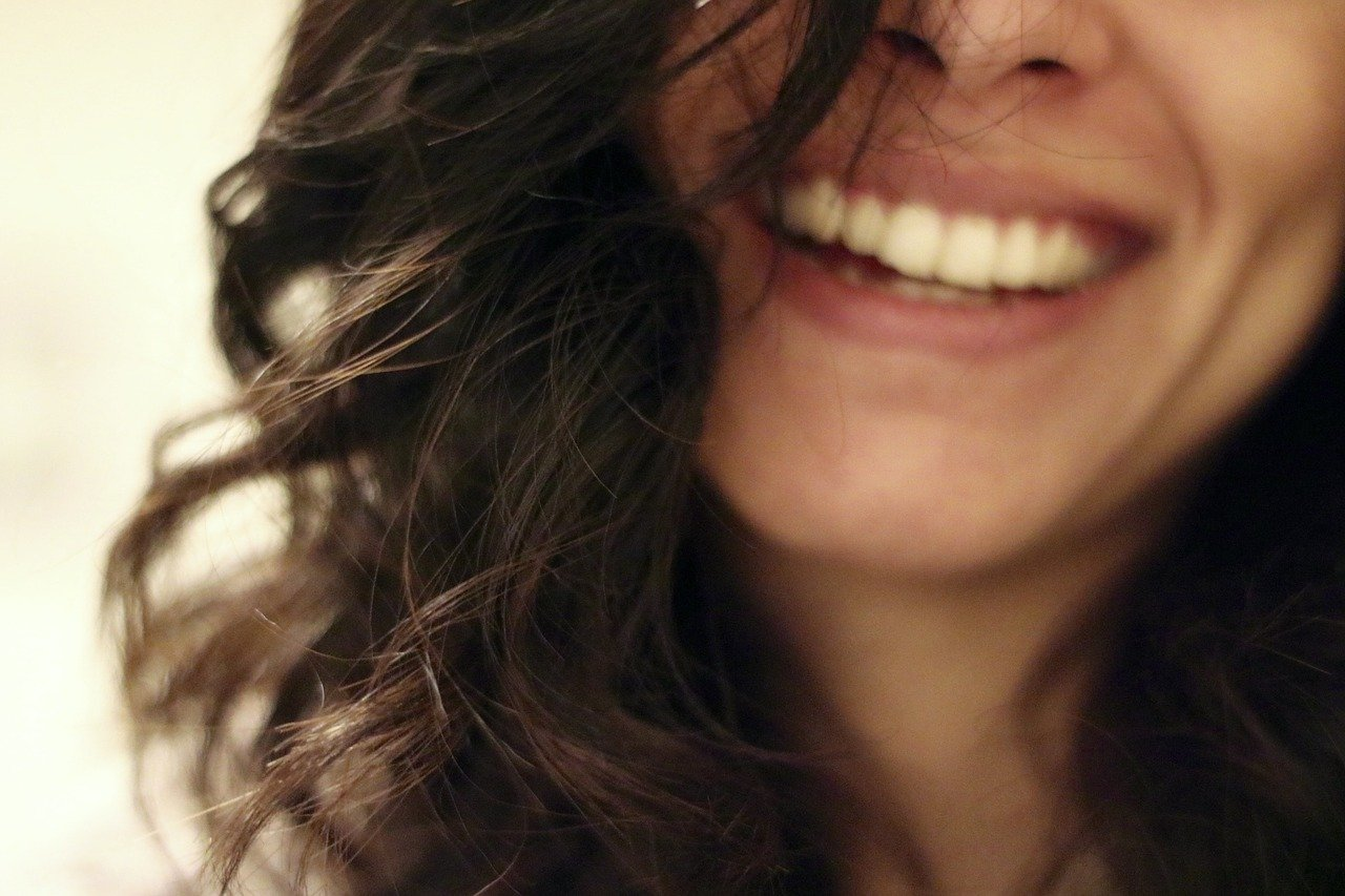smile-2607299_1280